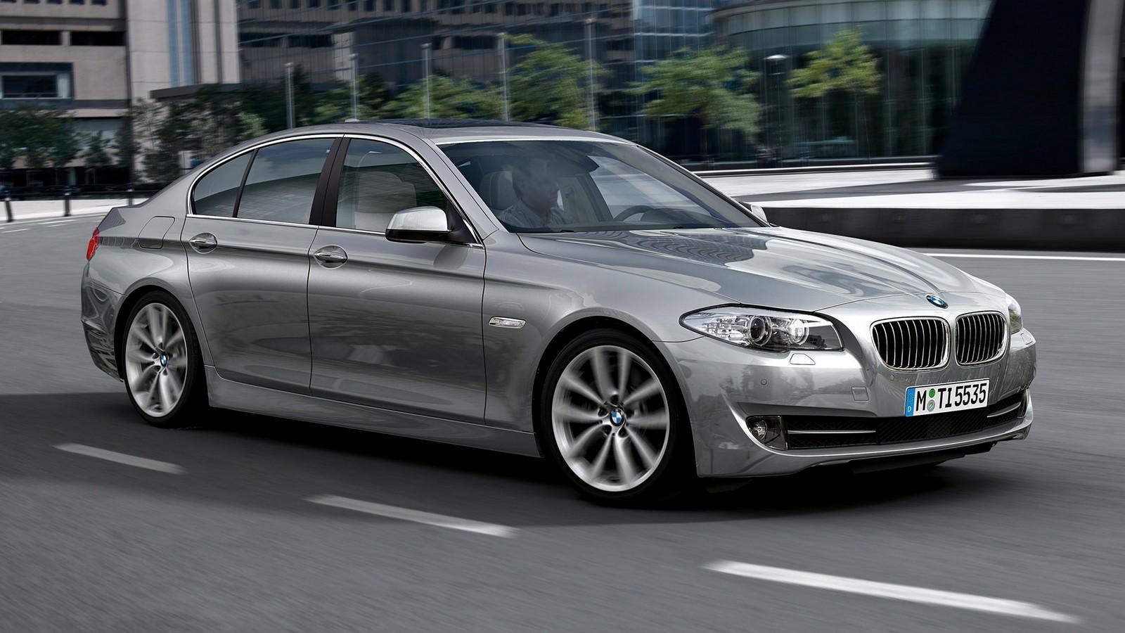На фото: BMW 535i Sedan (F10) '2010–13