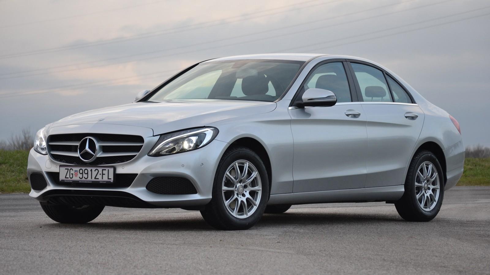 На фото: Mercedes-Benz C-Class