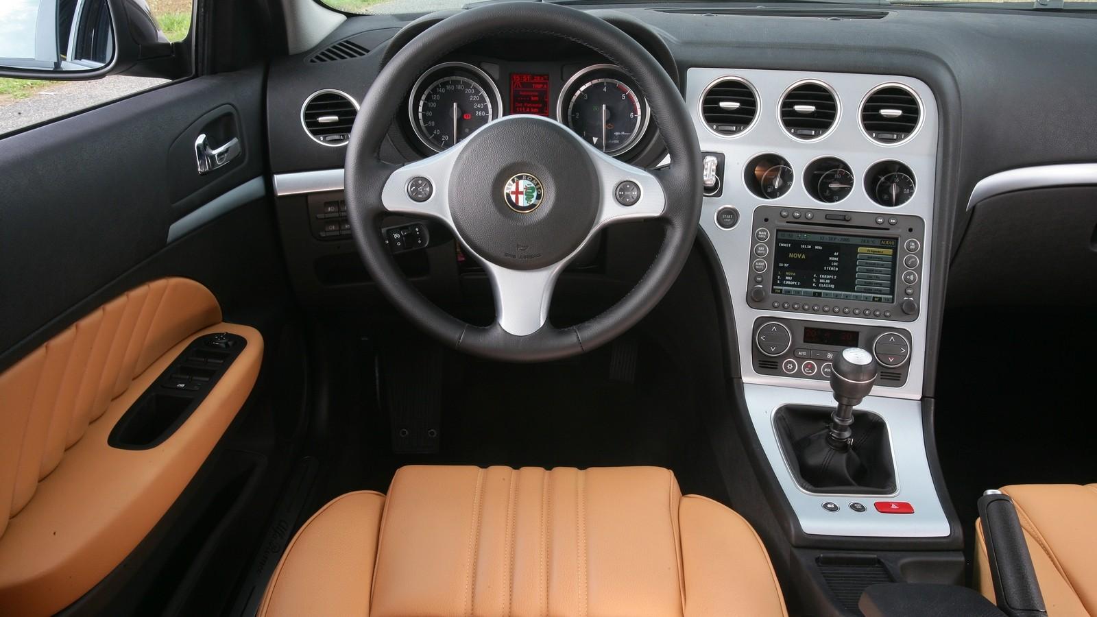 Торпедо Alfa Romeo 159 Worldwide (939A) '2005–08