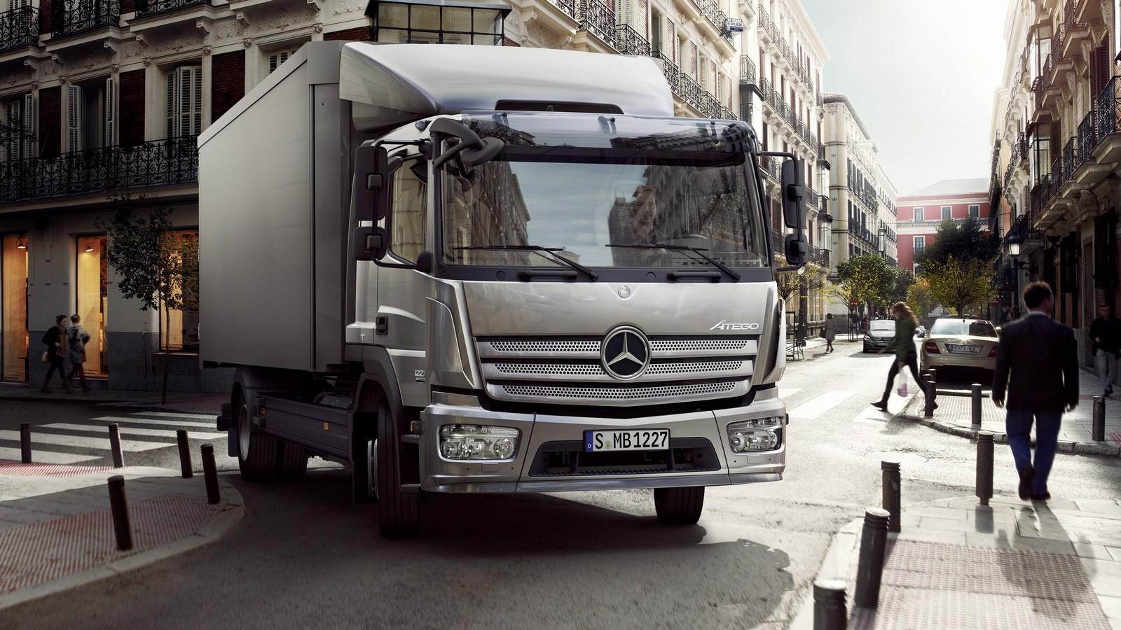 На фото: Mercedes-Benz Atego '2013–н.в.