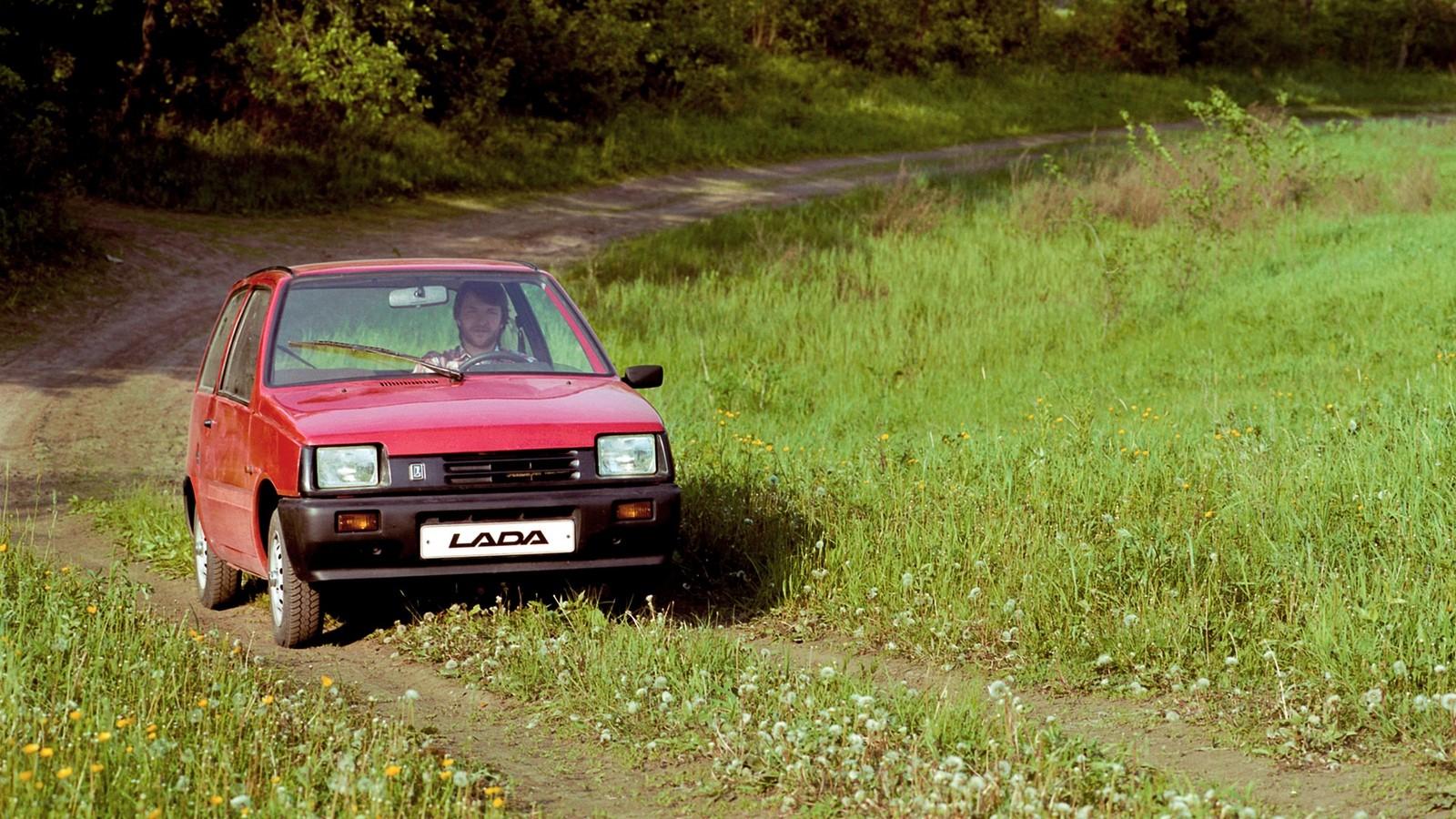 На фото: ВАЗ-1111 Ока '1989–96