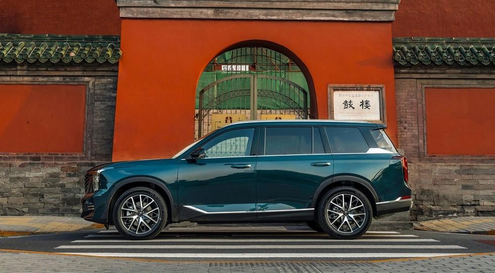 Новый GAC GS8: богаче и дороже предшественника, но всё равно доступнее конкурента от Тойоты