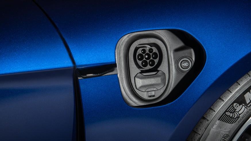 План по рынку электромобилей в РФ подкорректировали: скидок покупателям не будет