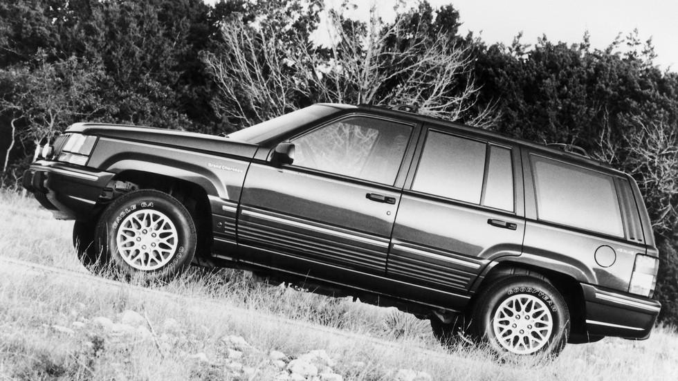 2 1993–96 Jeep Grand Cherokee Limited (ZJ)