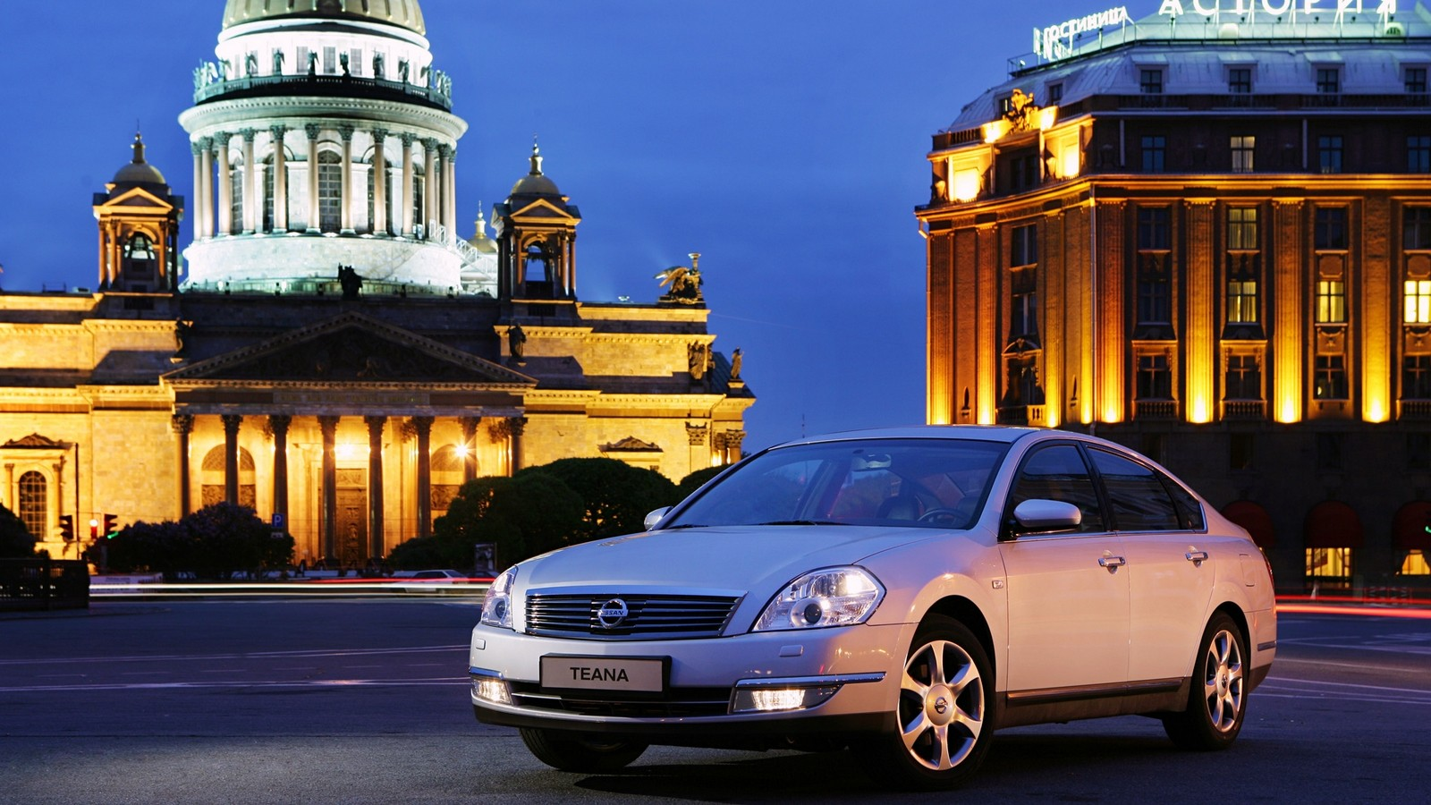 На фото: Nissan Teana (J31) '2006–08