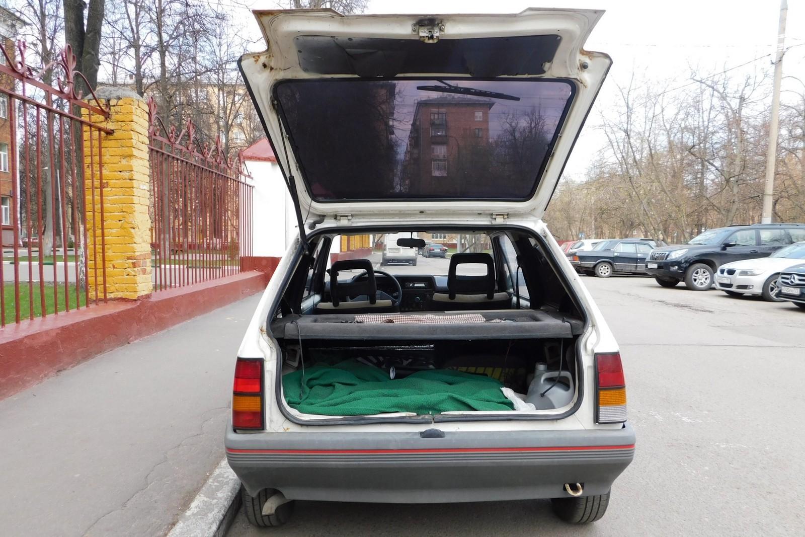 Opel Corsa багажник