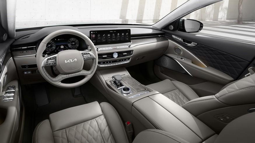 Kia обновила седан K900: посвежевшее «лицо» и изменения в моторной гамме