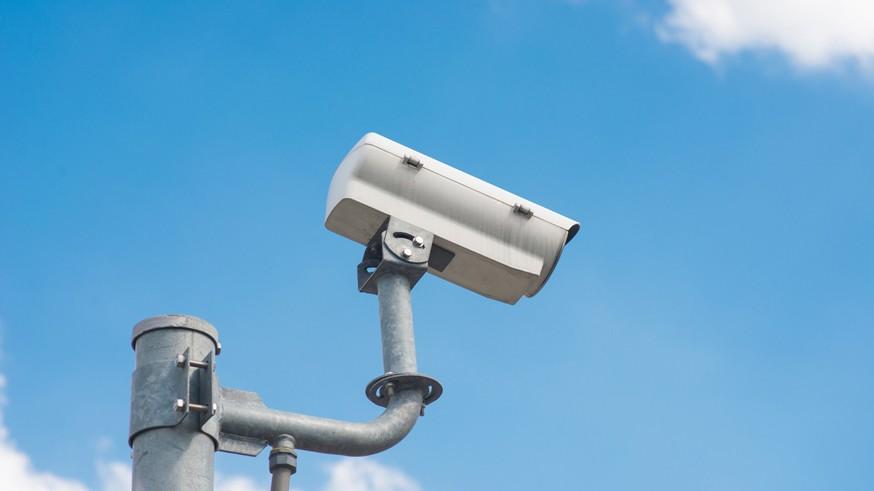 Камеры начнут штрафовать водителей за езду без ОСАГО в 2020 году