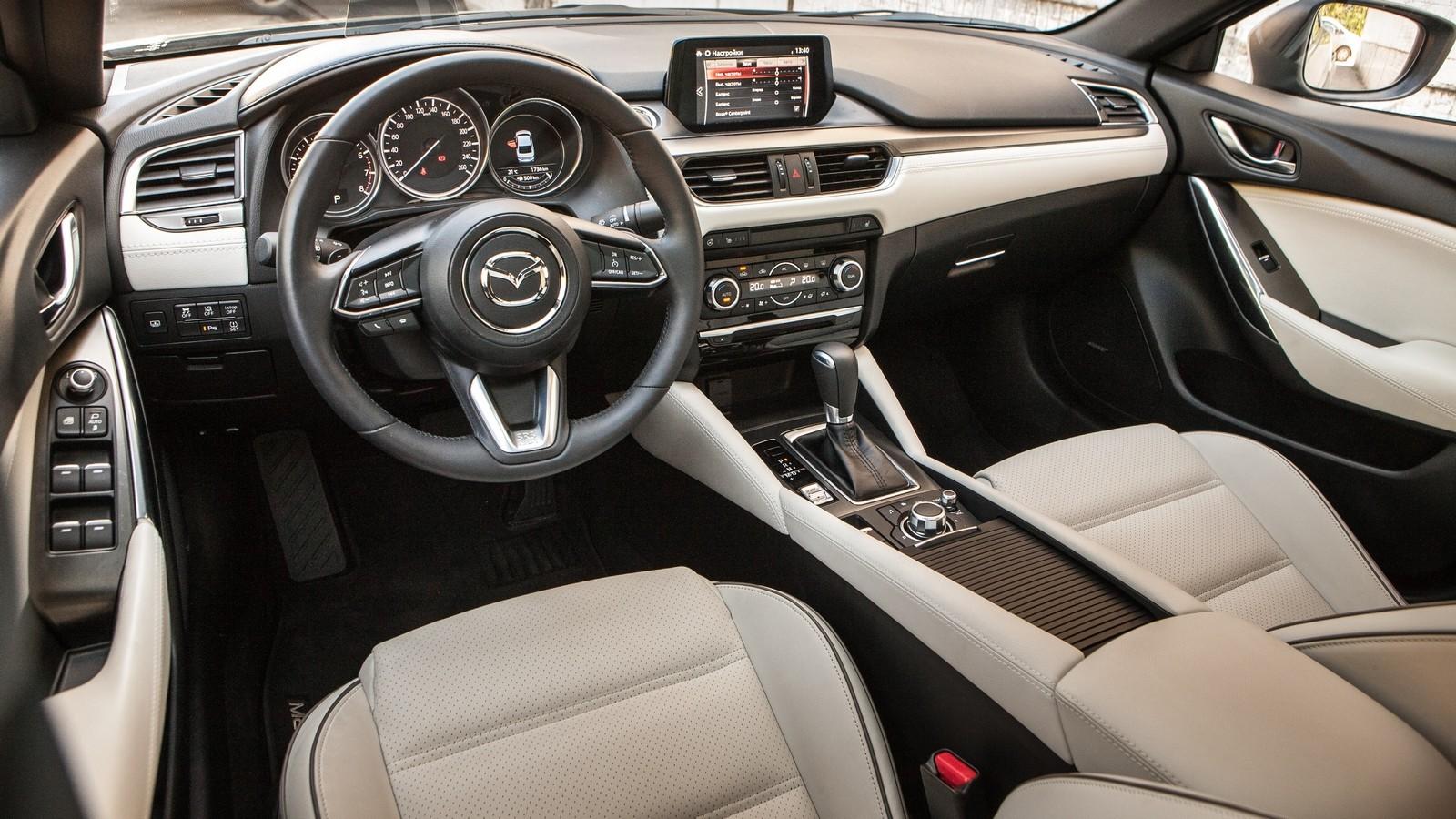 Mazda6 интерьер
