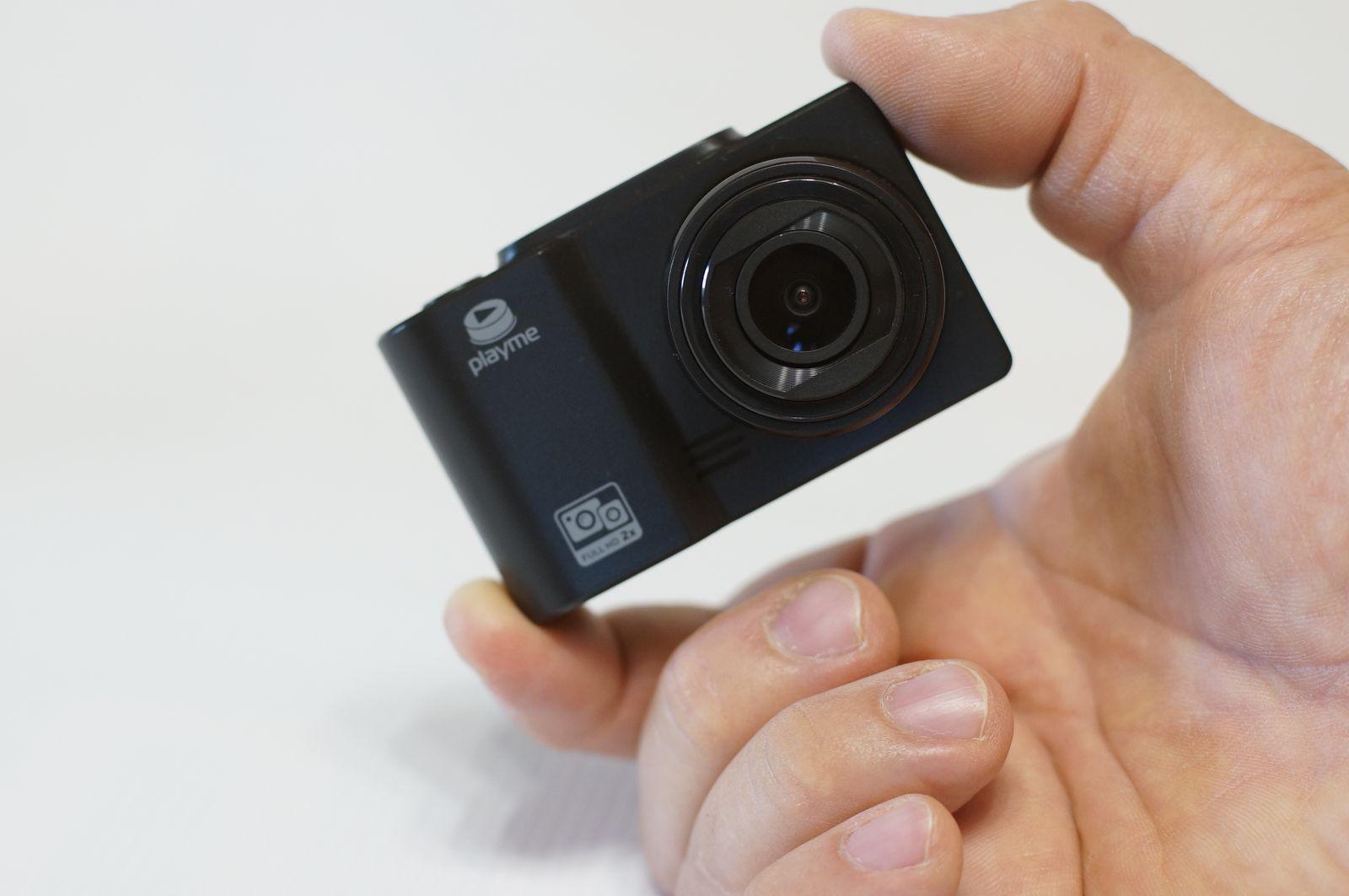 «Проверка зрения». Обзор двухканального видеорегистратора Playme ODDER