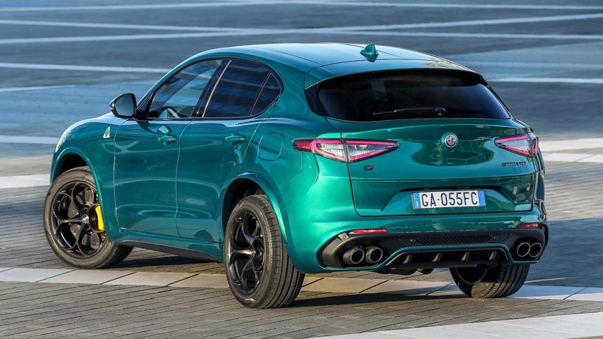 Alfa Romeo обновила «заряженные» Giulia и Stelvio: новшества в салоне, прежние мотор и коробка