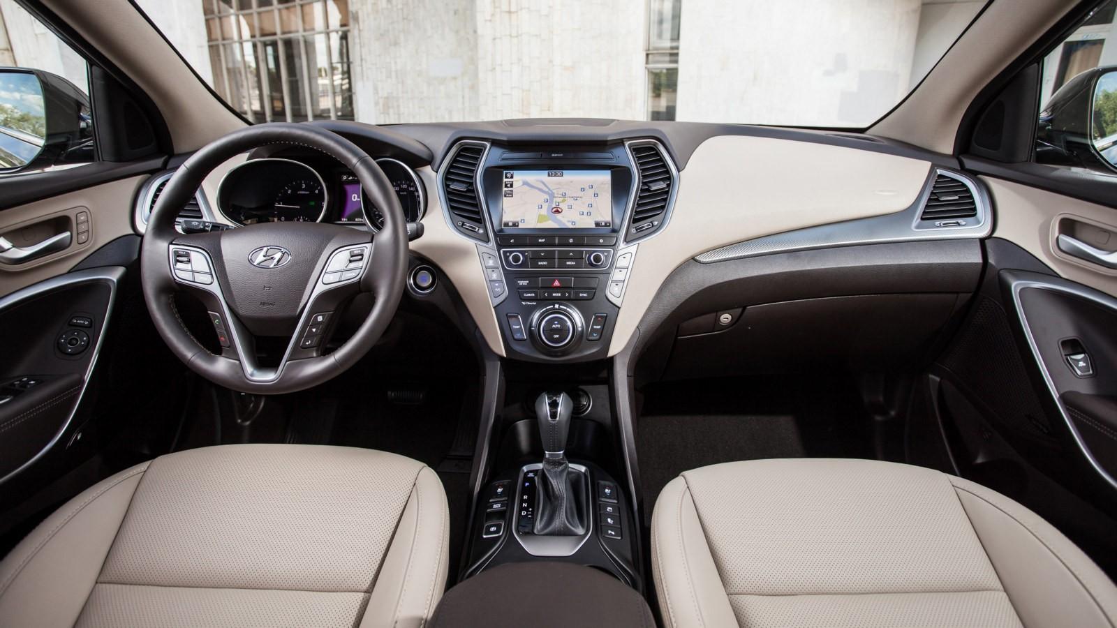 Hyundai Grand Santa Fe (стандартная версия)