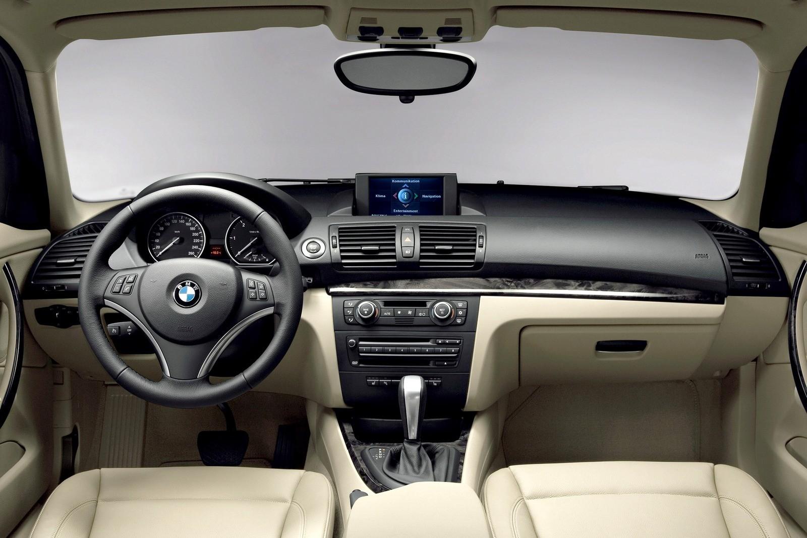 Торпедо BMW 120d 5-door (E87) '2007–11