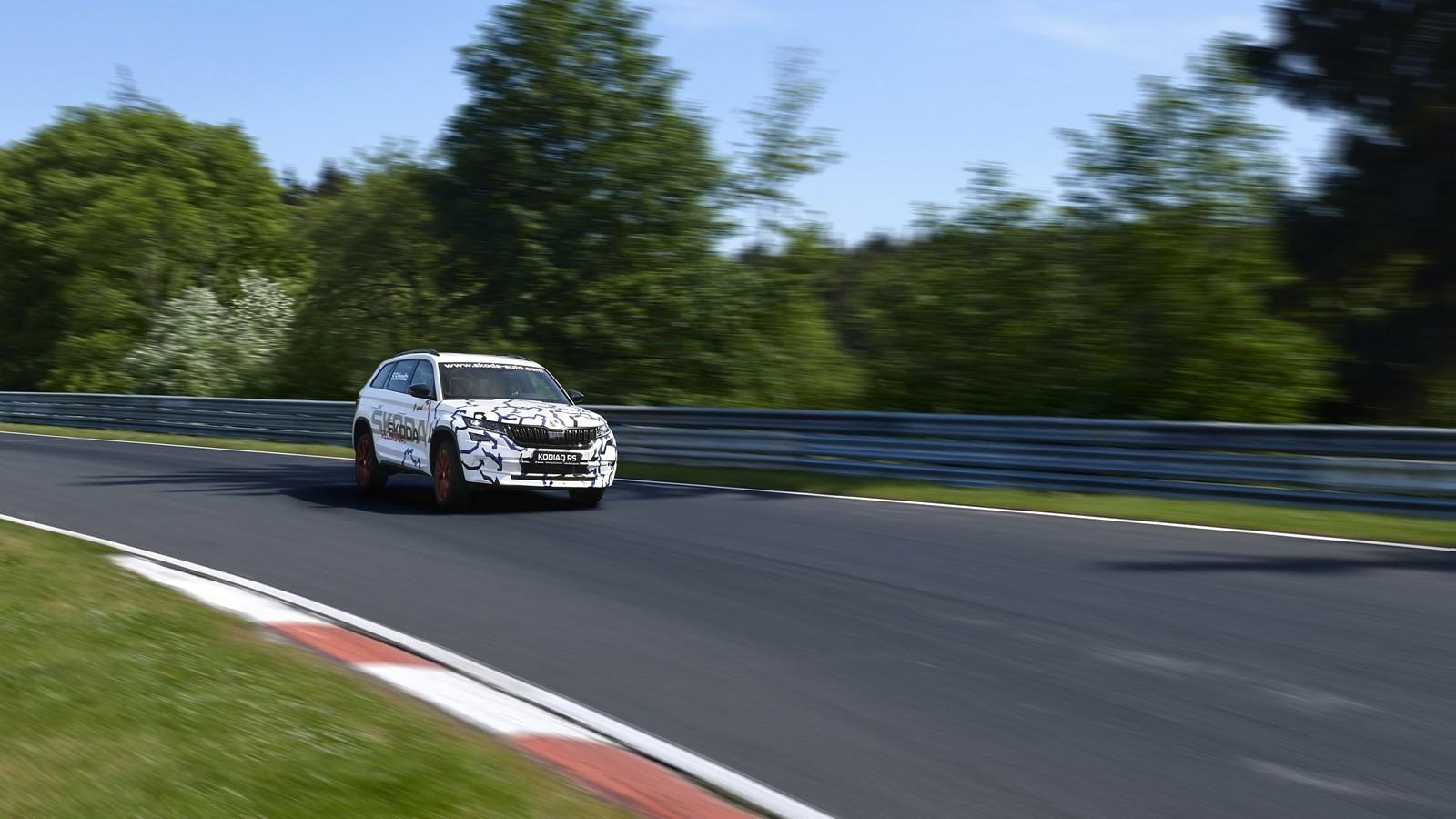 Kodiaq-RS_Nurburgring_11
