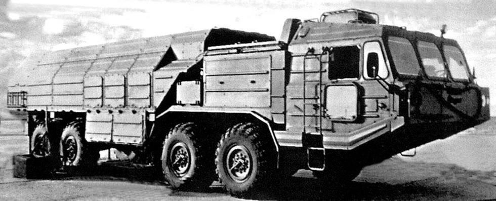 Пусковая установка 9П76 тактического комплекса «Искандер». 1992 год