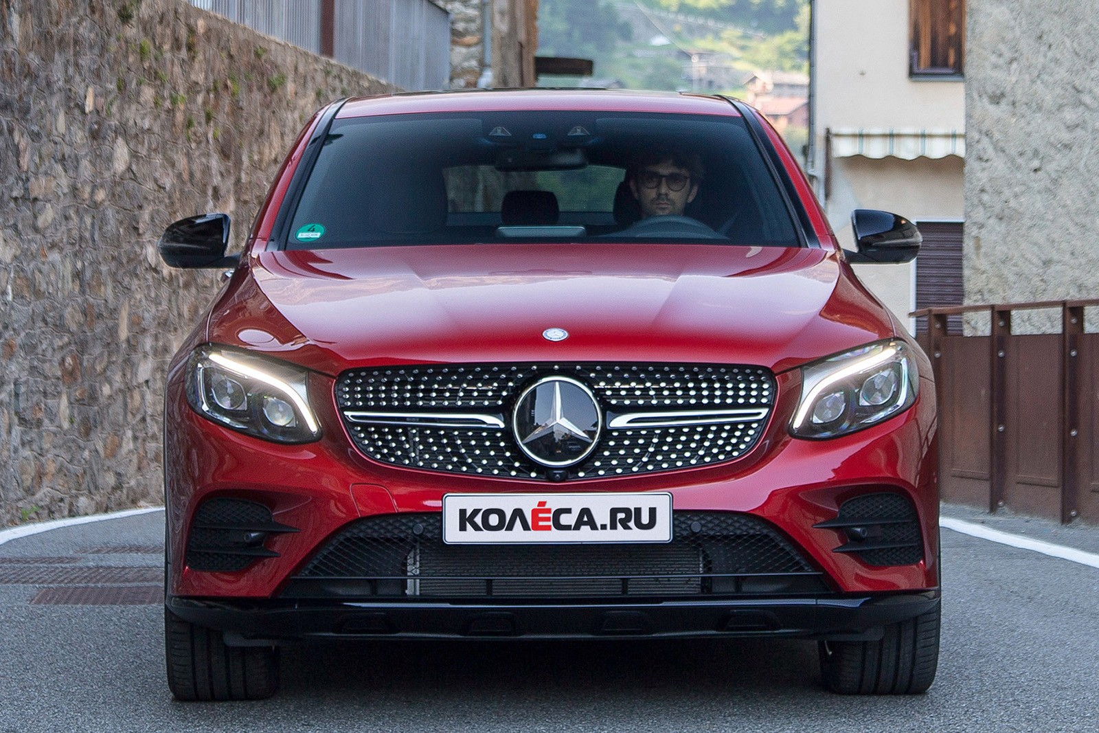 mercedes-benz_glc_350_d_4matic_amg_line_coupe_18