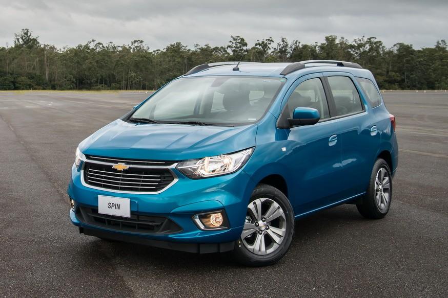 Компактвэн Chevrolet Spin на базе Кобальта: теперь безопаснее и с реалистичным спидометром