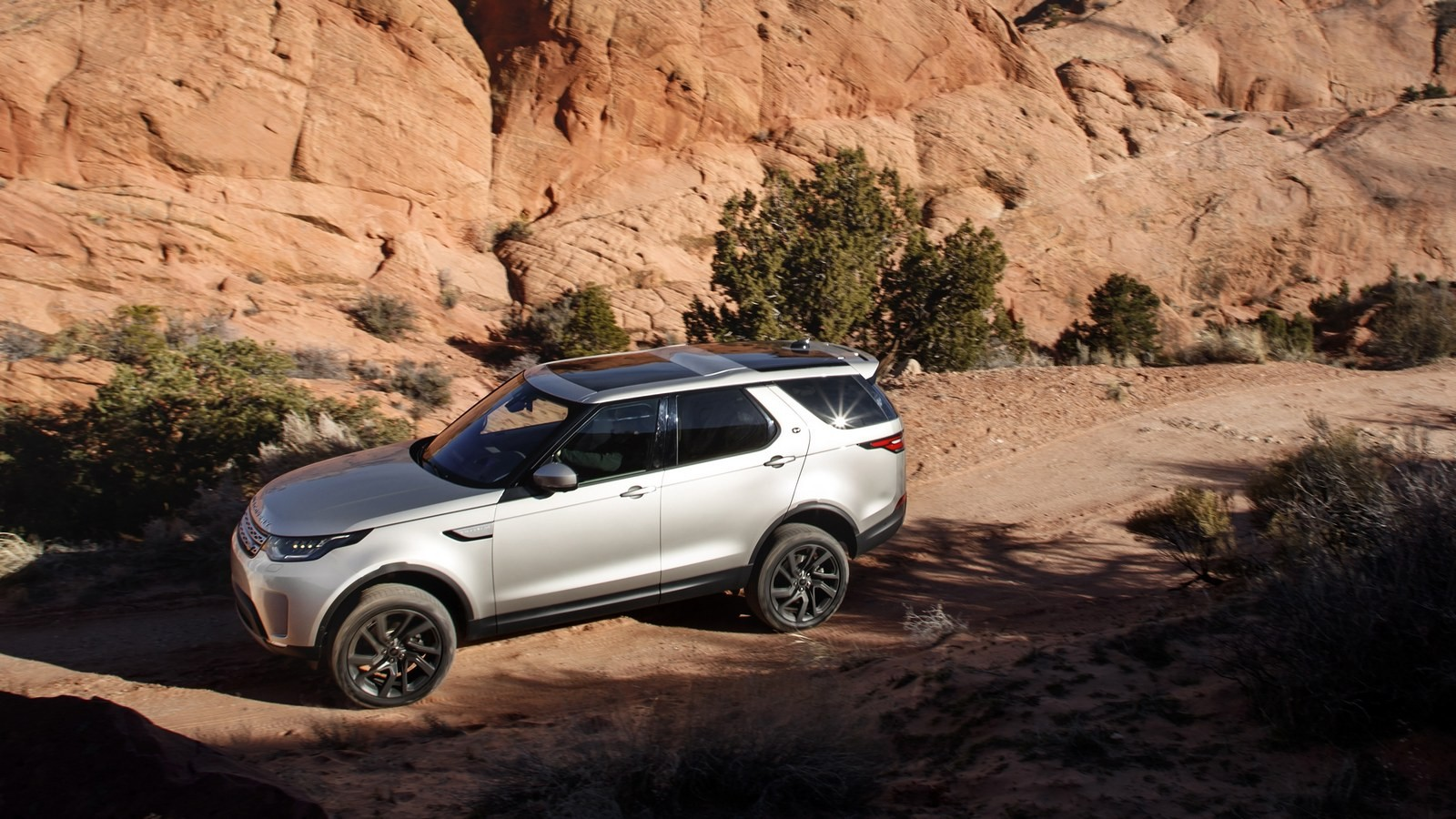 land_rover_discovery_hse_31