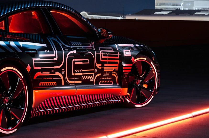 Audi может оснастить e-tron GT RS трёхмоторной силовой установкой