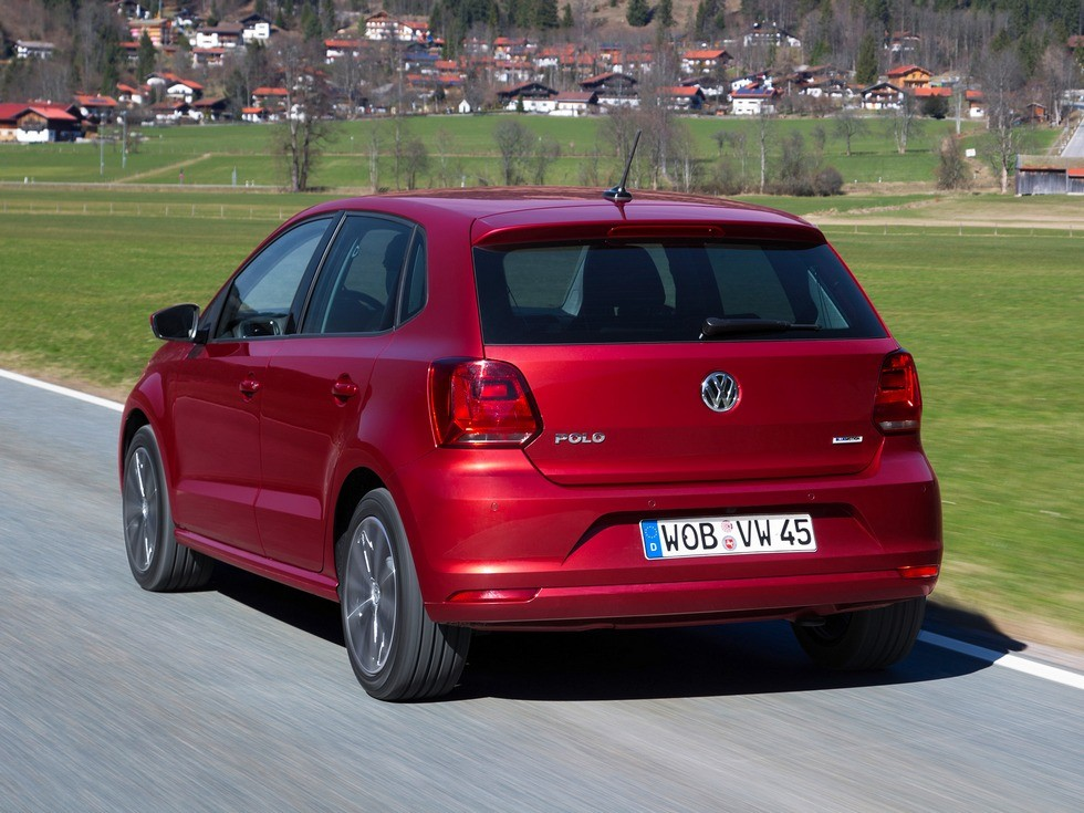 volkswagen_polo_5-door_2
