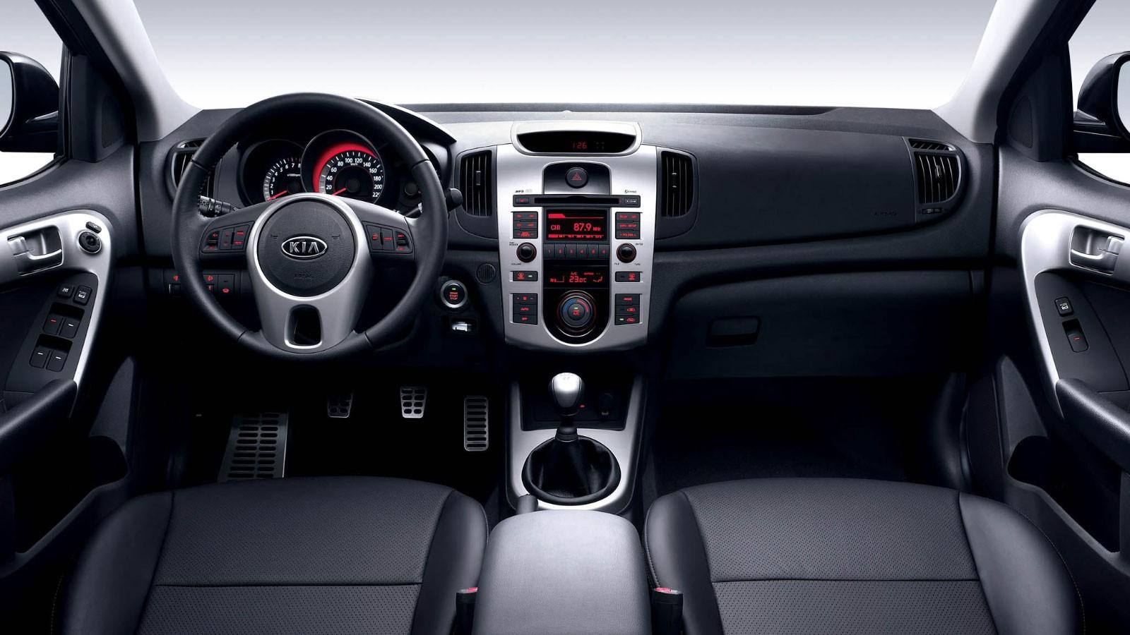 Kia Cerato Sedan (TD) '2009–н.в.