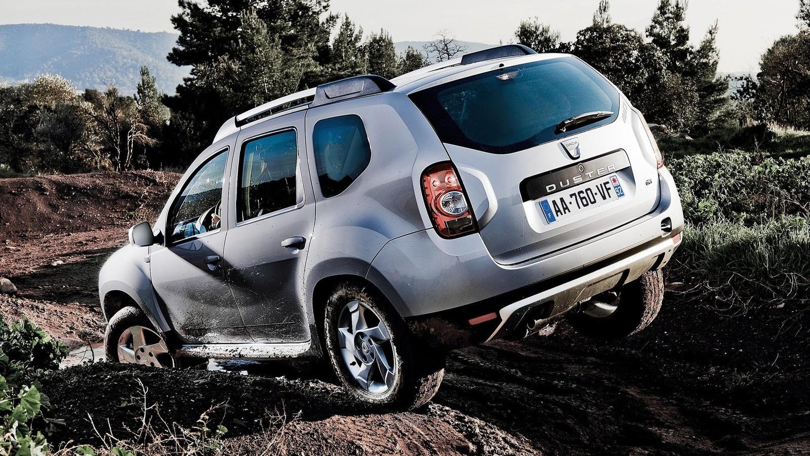 Задняя сторона Renault Duster