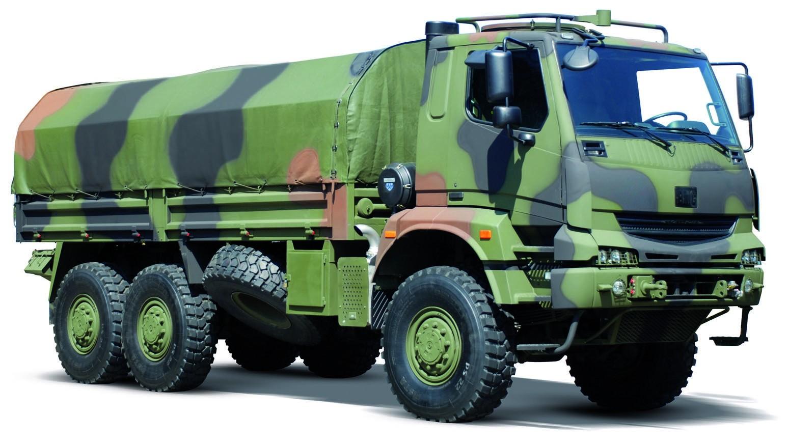 Тяжелый 385-сильный автомобиль BMC 380-26P с новой кабиной