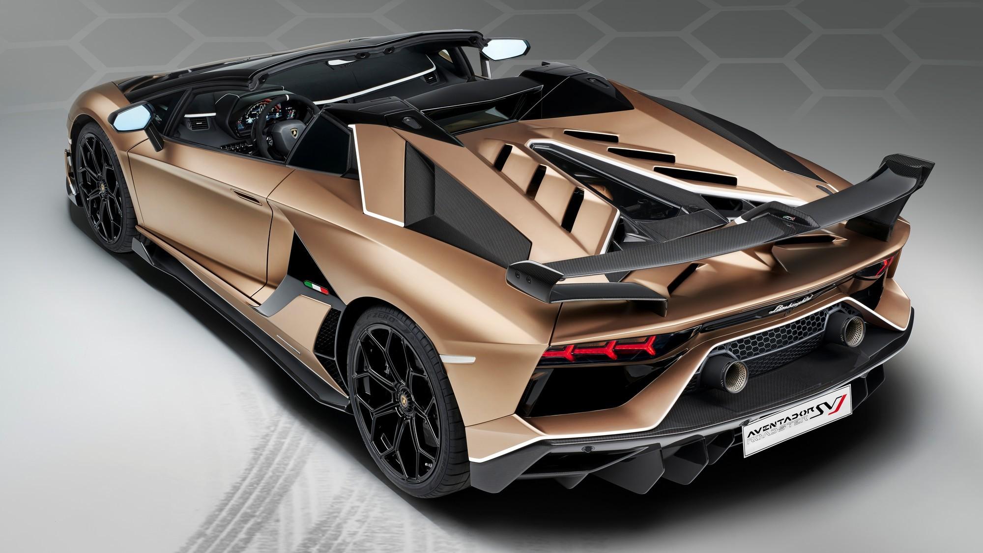 Главная скрепа: наследник Lamborghini Aventador сохранит атмосферный V12