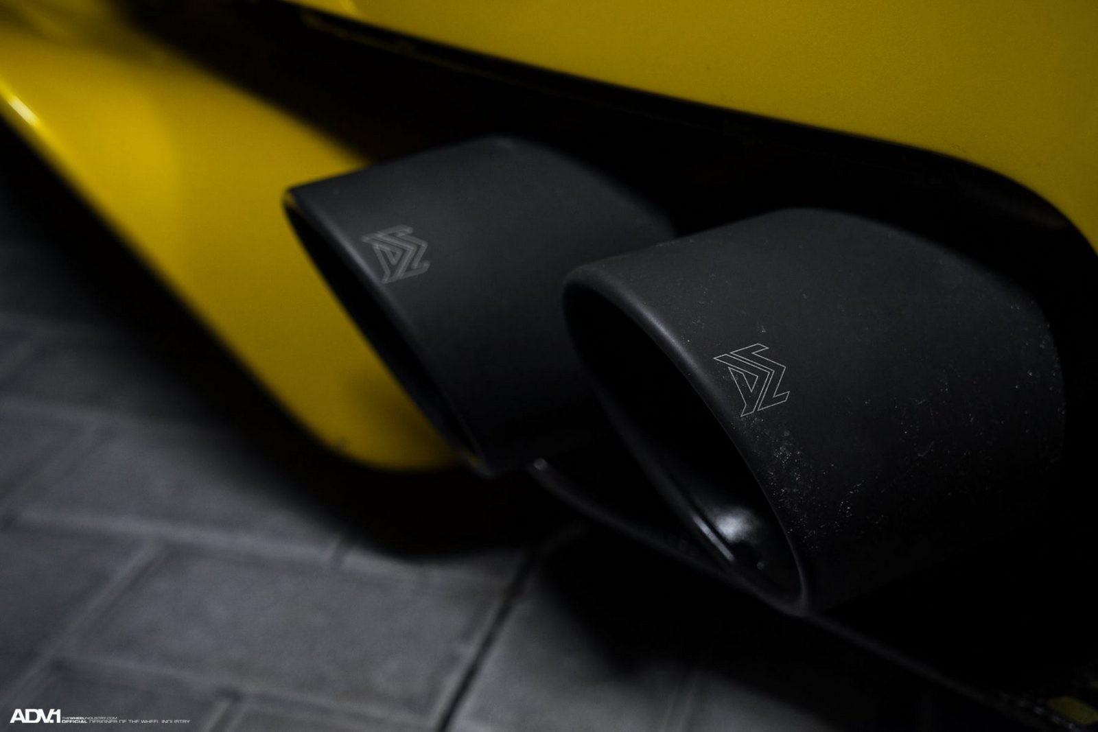 rocketbunny-pandem-nissan-gtr-r35-widebody-carbon-fiber-adv1-concave-wheels-gold-armytrix-o