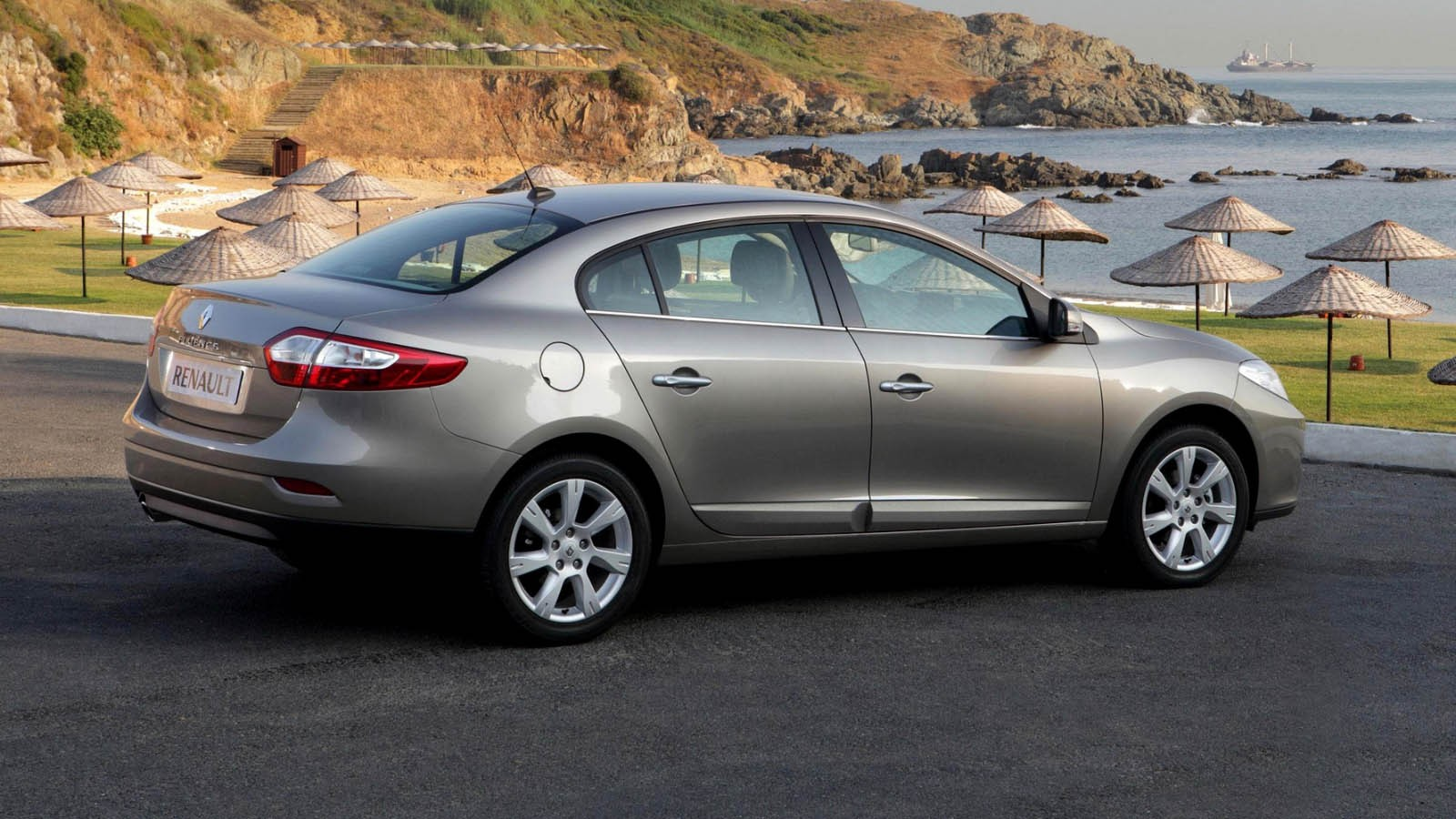 autowp.ru_renault_fluence_24
