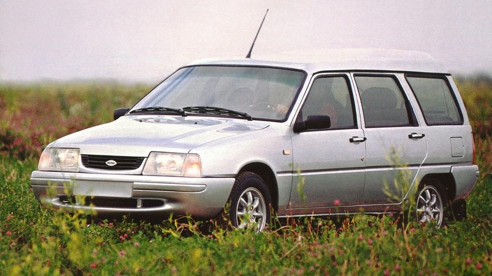 На фото: Иж-21261 Fabula '2004–2005