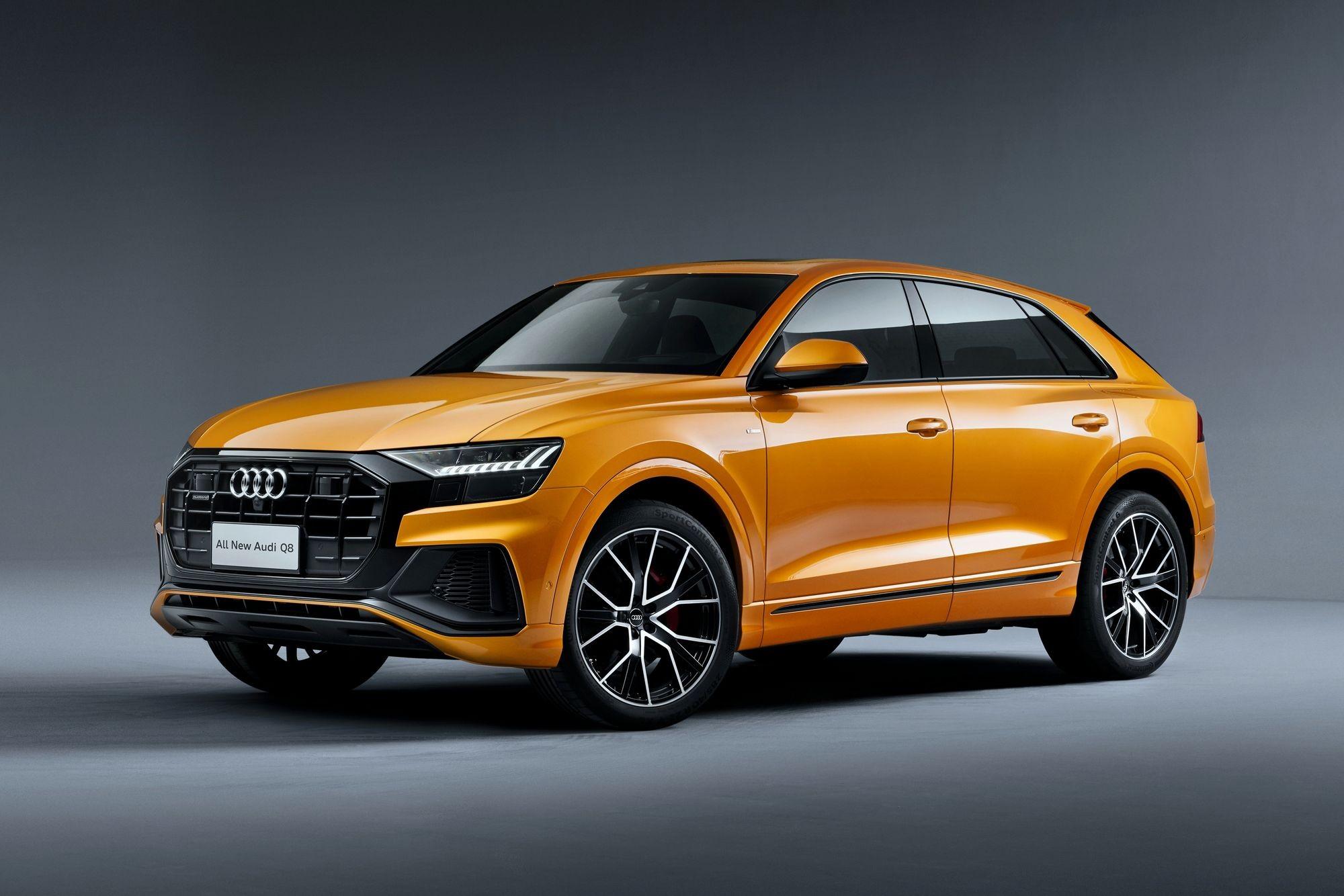 Трещины и порезы: Audi отзывает в России кроссоверы Q7 и Q8