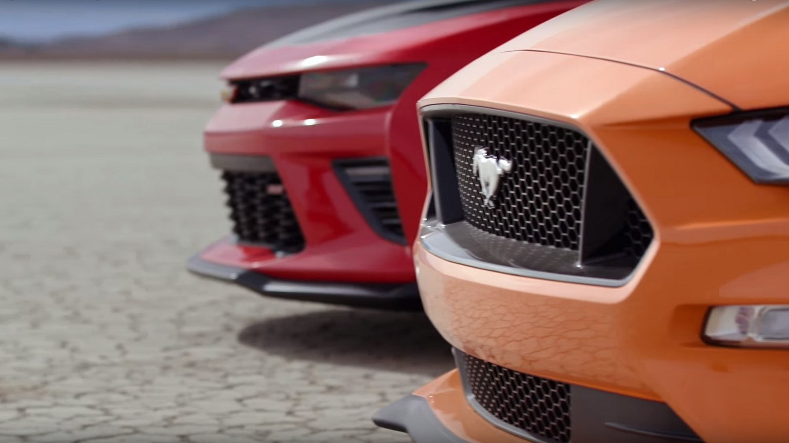 ford-mustang-vs-cherolet-camaro-3