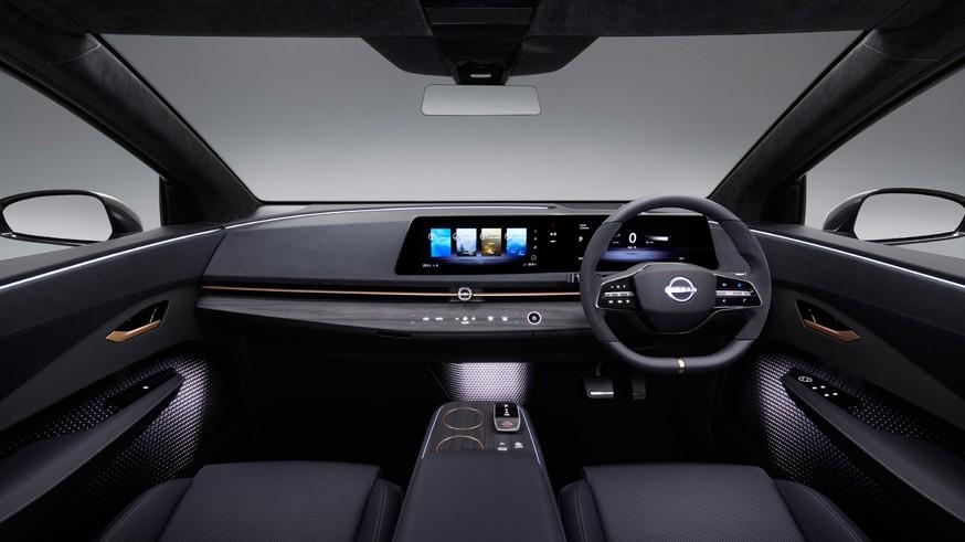 Nissan готовится к дебюту Ariya: кроссовер получит внешность от концепта и трассовый автопилот