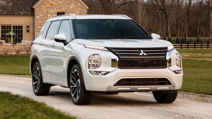Mitsubishi готовит новый Outlander PHEV: у кроссовера вырастет запас хода на одной зарядке