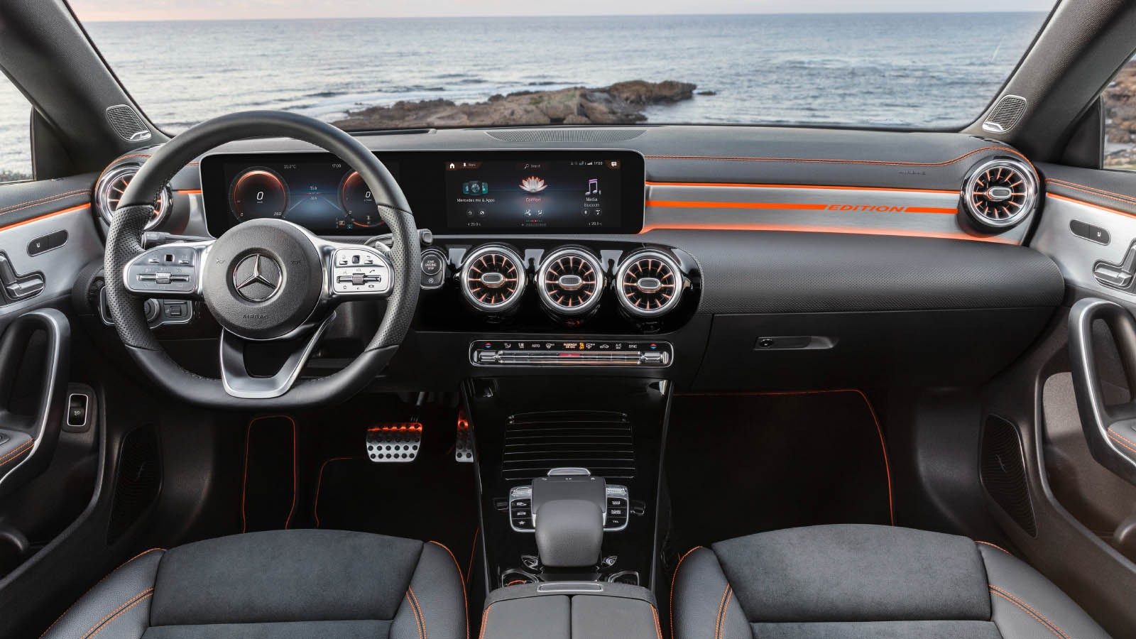 Mercedes-Benz CLA 250 AMG Line