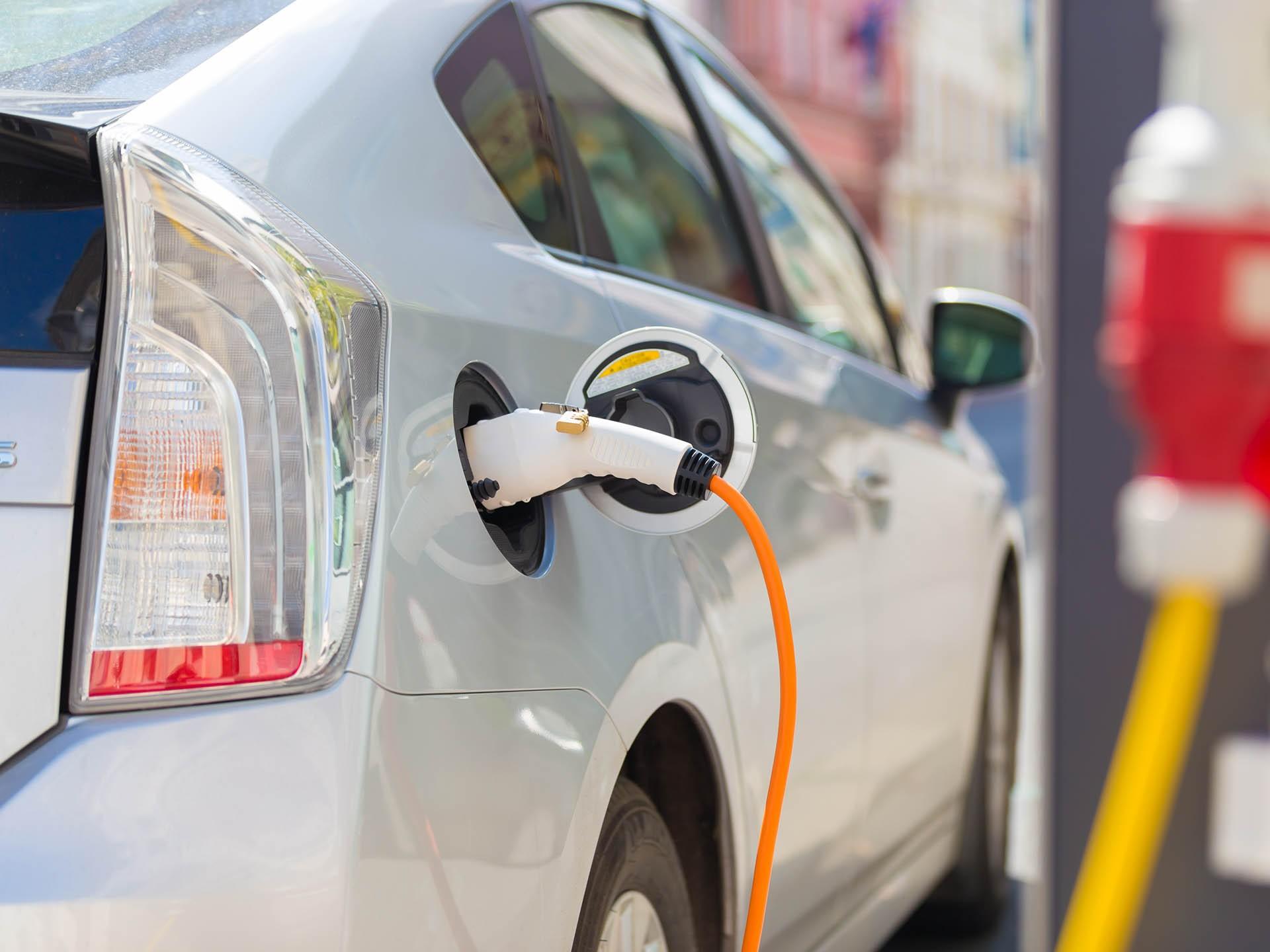 Авито Авто: в России в 2020 году на 119 % выросли продажи электромобилей с пробегом