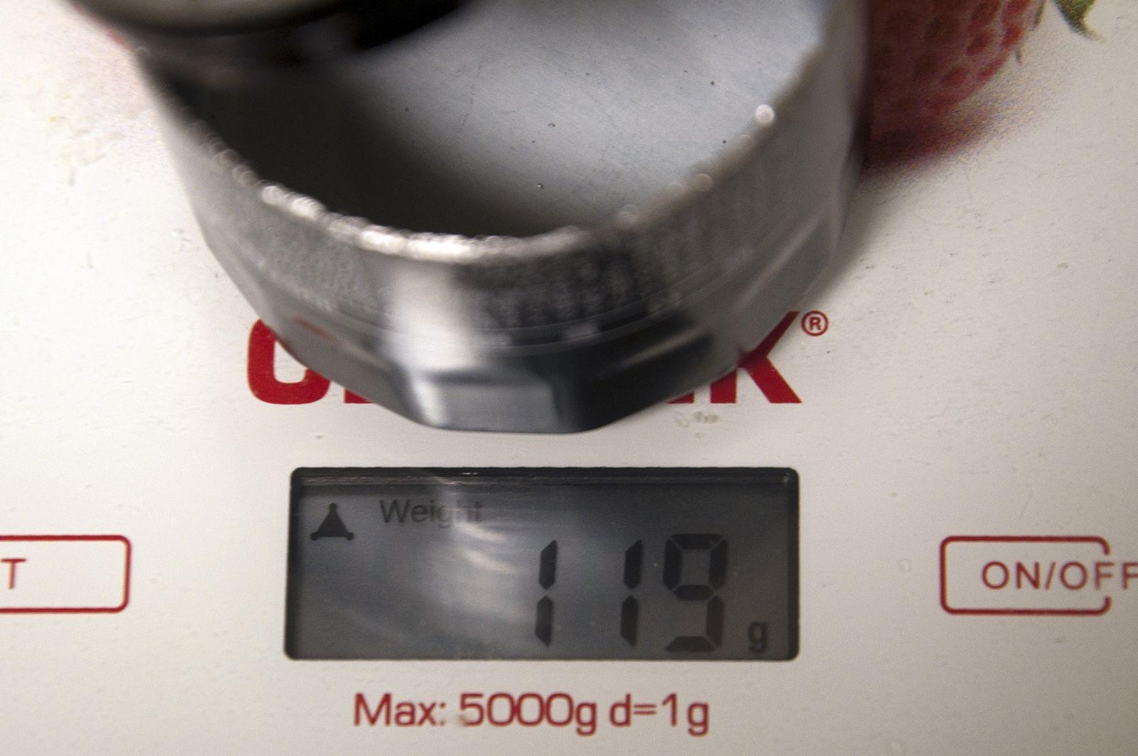 Отличается даже металл: сравниваем оригинальный и поддельный масляные фильтры