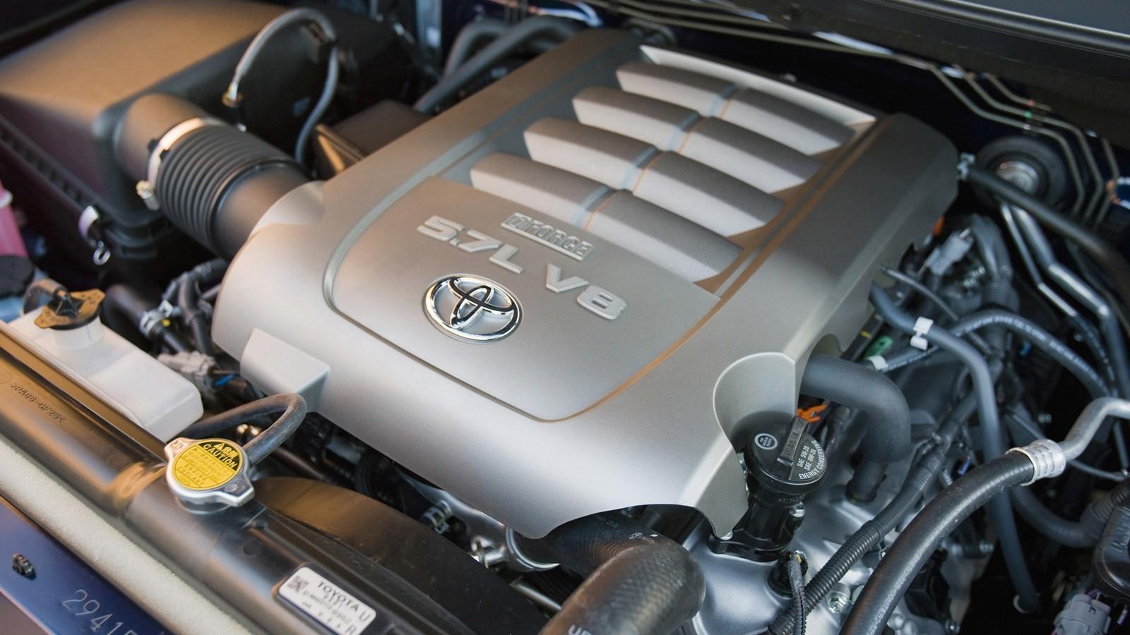 Под капотом TRD Toyota Tundra Regular Cab '2009–13