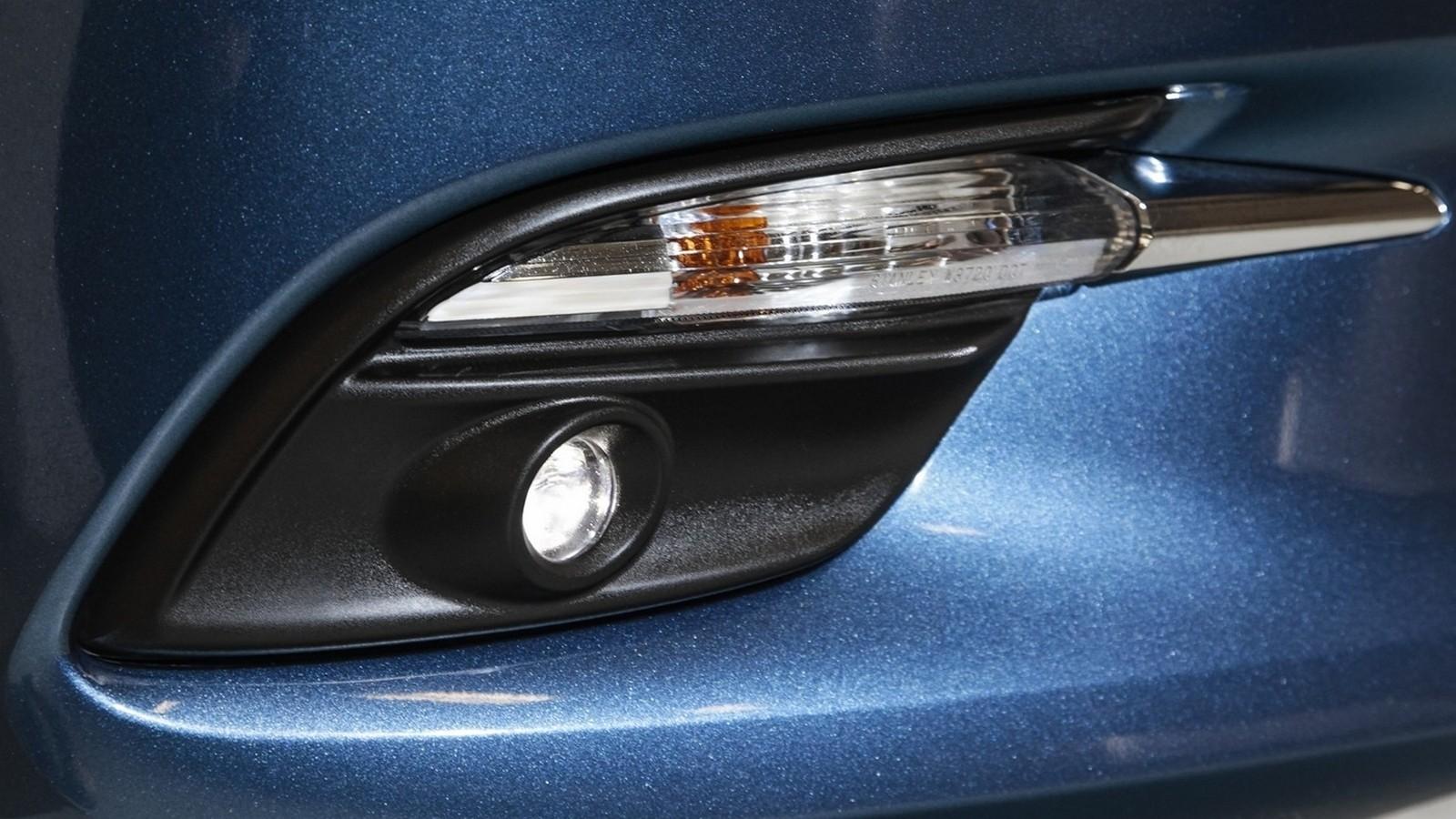 Mazda3_IPM_details_005
