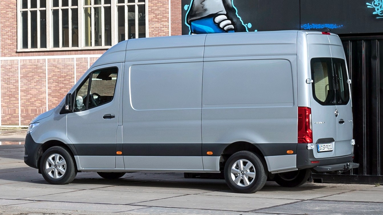 Daimler отзывает в России «слепнущие» Mercedes-Benz Sprinter