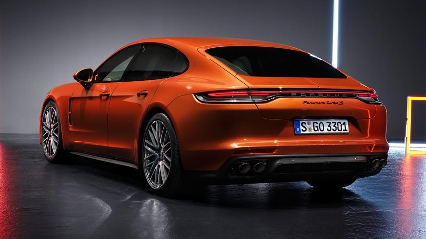 Porsche рассекретил «посвежевшую» Panamera: новая версия Turbo S развивает 630 л.с.