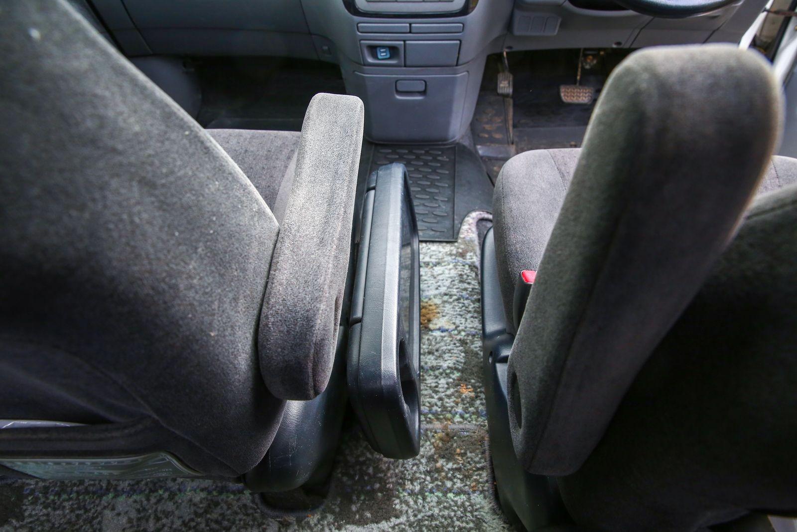 500 тысяч за 17-летний «пруль»: опыт владения Toyota Ipsum 2002 года
