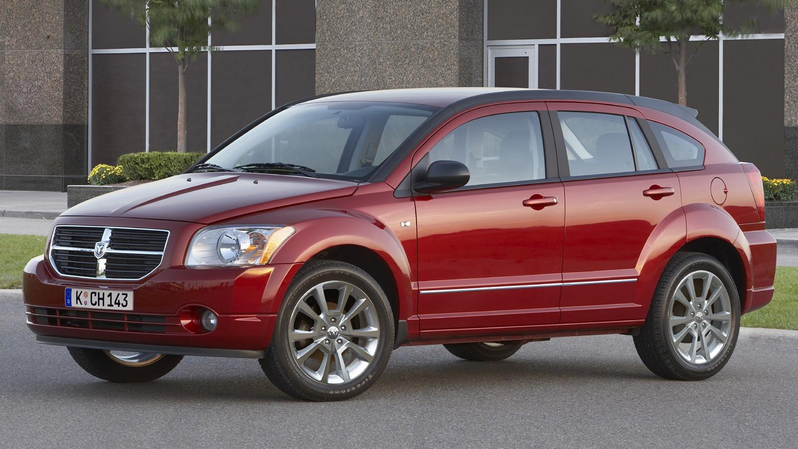На фото: Dodge Caliber