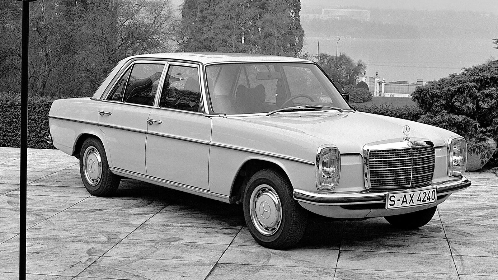 На фото: Mercedes-Benz E-Klasse (W114 115) '1972–76