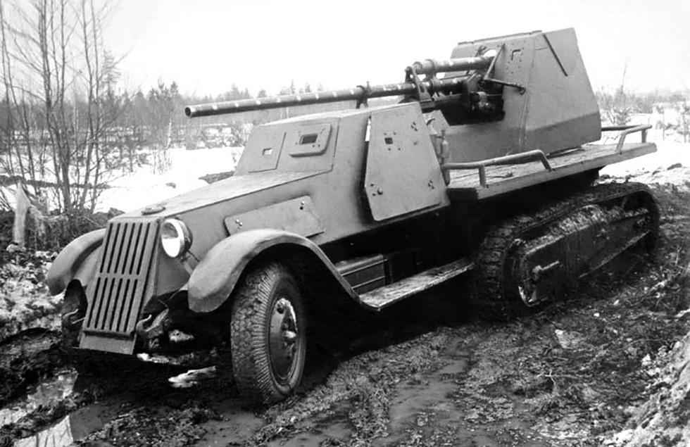 Испытания 57-мм самоходной артиллерийской установки ЗИС-41.