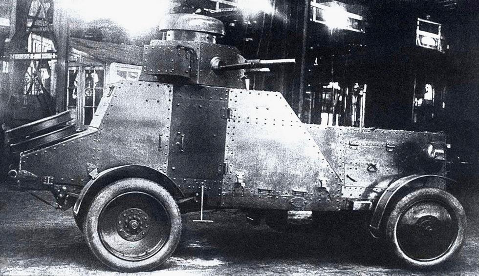 Прототип бронеавтомобиля БА-27 на специальном шасси АМО-Ф-15СП