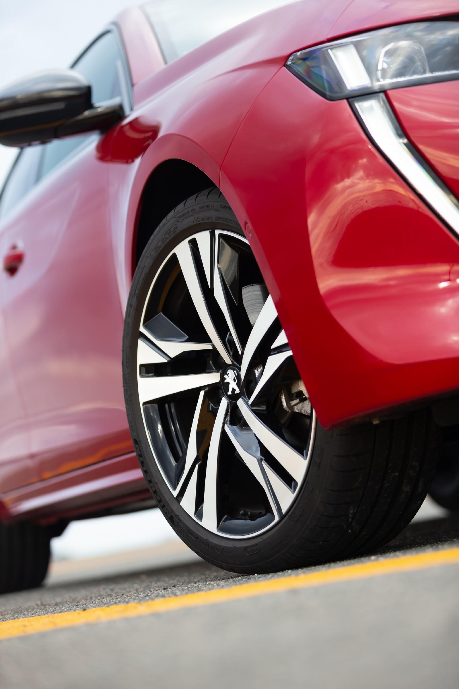 Peugeot 508 колесо
