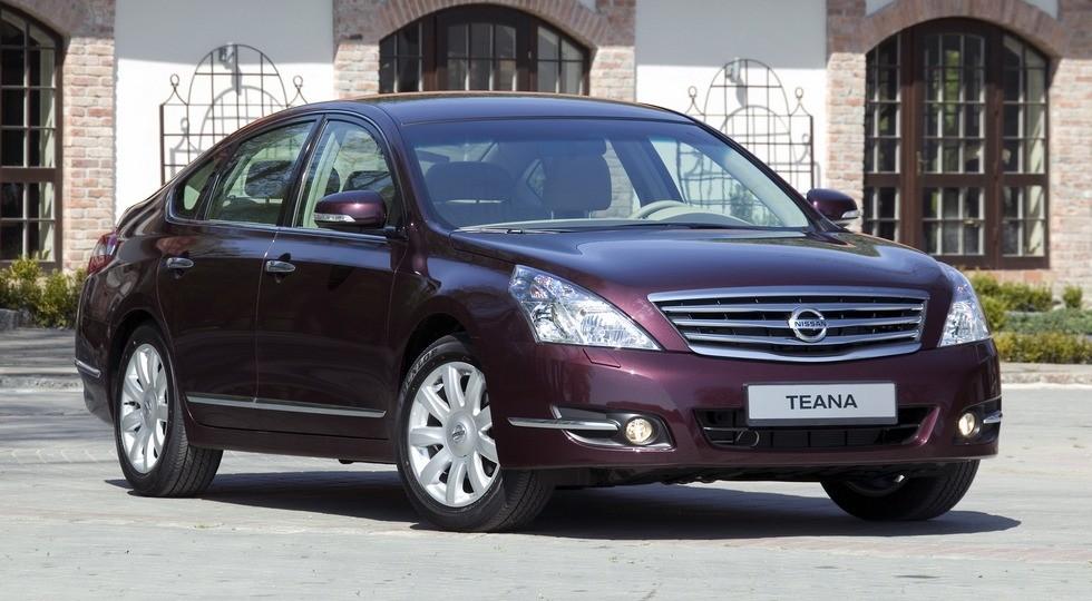 На фото: Nissan Teana'2008–11