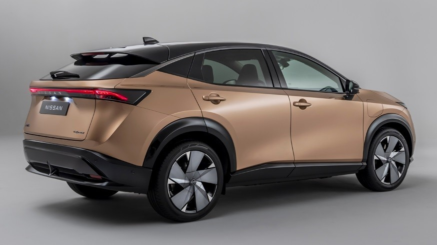 Nissan готовится к выпуску новых «электричек»: появился первый тизер будущего кроссовера
